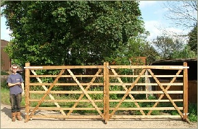 Stallion Wooden gate, Hardwood gate, softwood